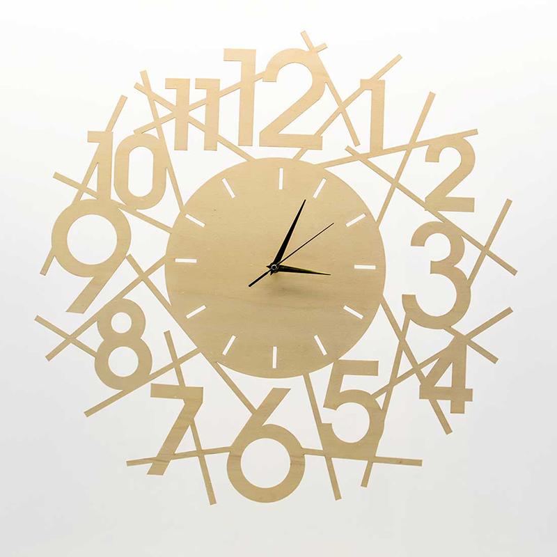 Horloge en bois : un objet personnalisable
