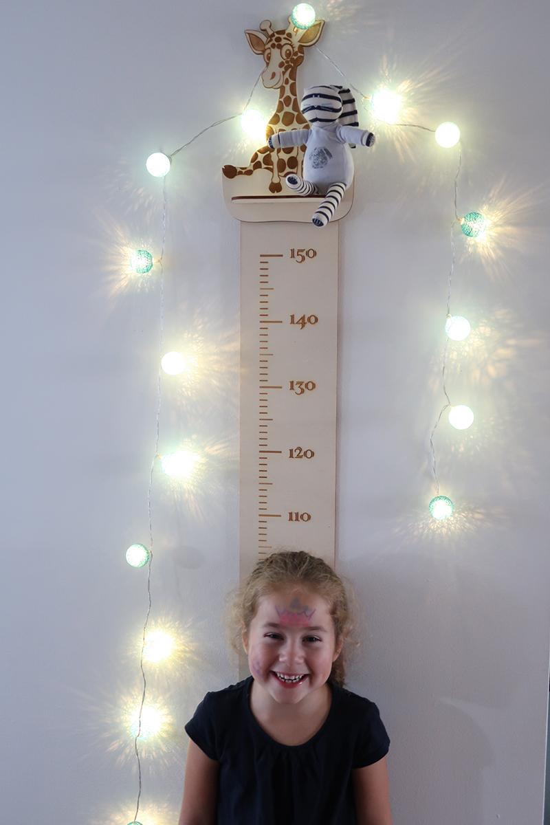 Toise enfant en bois : un objet utile et décoratif